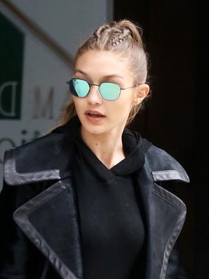 "Gigi Hadid Just Wore 2017's ""Ugly"" Shoe Trend"