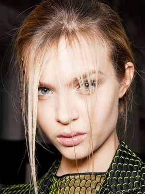 7 Shampoos Every Thin-Haired Girl Needs
