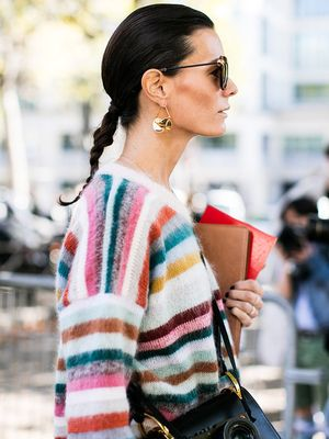 4 Colours That Are Proven to Make You Look Younger