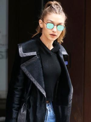 Gigi Hadid Just Wore the 2017 Version of Boyfriend Jeans