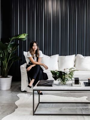 Calling All Minimalists: This Beauty Blogger's Office Is Your Dream Come True