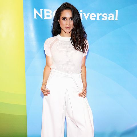 Meghan Markle Style: Go casual in an all-white ensemble a la Meghan Markle's style rule book