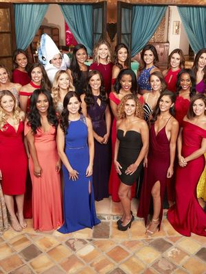 The Bachelor Contestants' First Episode Dresses, Rated by a Dating Expert