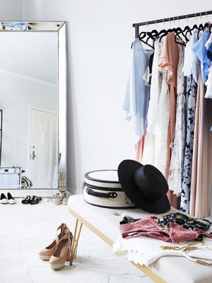 11 Things That Will Actually Help You De-Clutter Your Closet