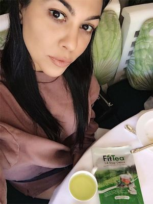 I Drank the Kardashian-Approved Fit Tea for 14 Days—This Is What Happened