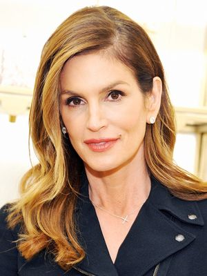 You'll Want to Copy All of Cindy Crawford's New Year's Resolutions