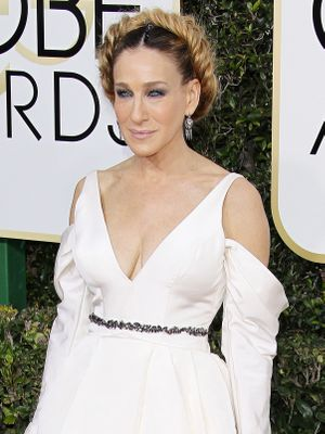 Here's the Wedding Dress SJP Wore to the Golden Globes