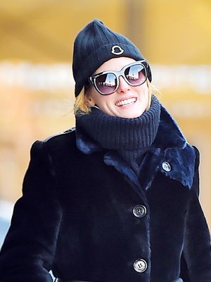 Olivia Palermo's Genius Coat Styling Trick Costs Nothing