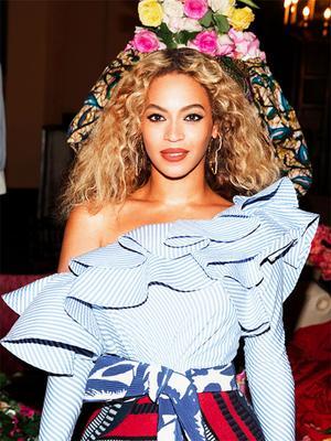 2017's Biggest Makeup Trend Was Stolen From Beyoncé