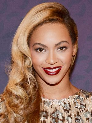 How Beyoncé, Gigi, and More Hack Their Favourite Drugstore Product