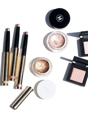 Here's What Actually Happens When You Use Expired Makeup