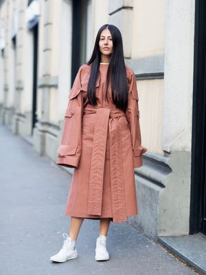 The Street Style Set Debut 2017's Biggest Trends Over in Milan