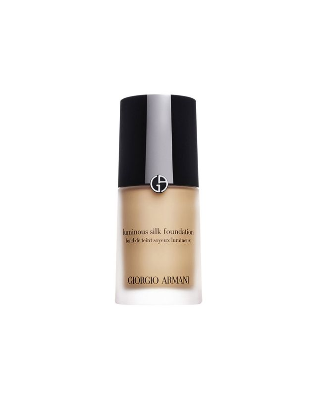 giorgio-armani-power-fabric-foundation