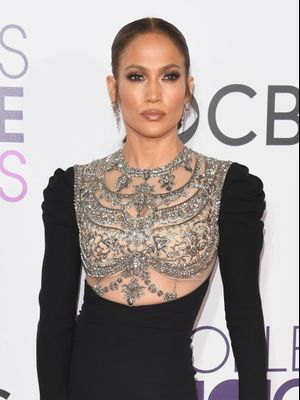 People's Choice Awards: All the Best Looks Right Here