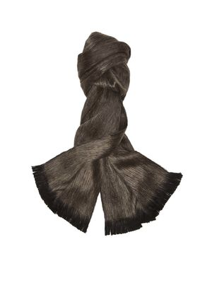 Must-Have: A Non-Frumpy Scarf