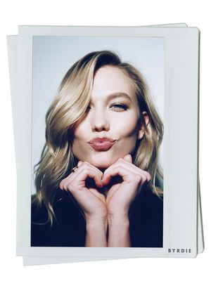 Exclusive: Karlie Kloss on Her Diet, Brows and Staying Stress-Free