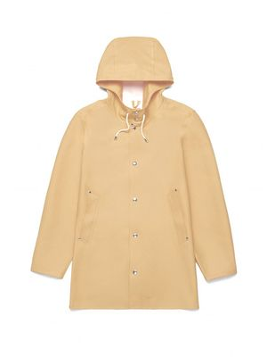 Must-Have: The Raincoat the Fashion World Loves