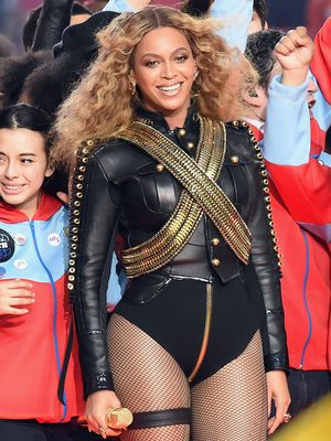 Every Iconic Super Bowl Halftime Outfit You Need to See