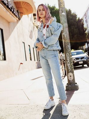 8 Stylish Autumn Outfits You Can Wear With Jeans