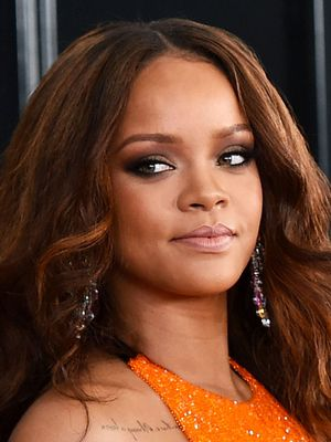 Rihanna Wore a Fashion-Girl Sports Bra to the Grammys
