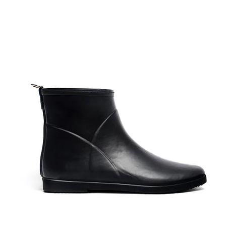 Minimalist Black Ankle Rain Boot