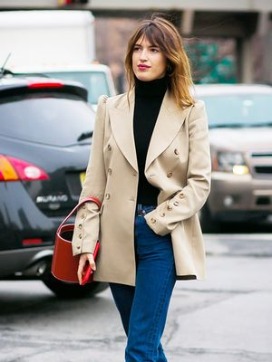 The Easy Outfit Every Single Fashion Girl Wears