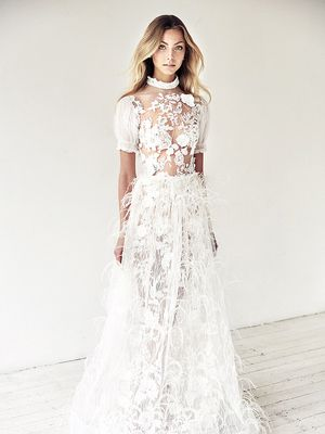 The Wedding Dress Style No One Is Wearing Anymore