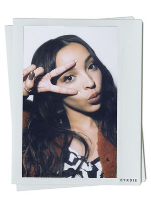 """""""I Don't Fit Into a Particular Box"""": Tinashe Talks Her Unique Brand of Beauty"""