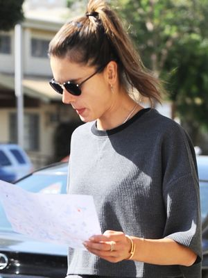 Alessandra Ambrosio's Errand-Running Outfit Is Cozy Enough to Nap In