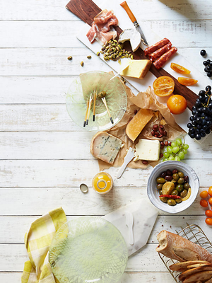 Can't Fathom Giving Up Cheese? Dietitians Approve of These 3 Kinds