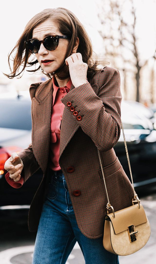 women-with-timeless-style