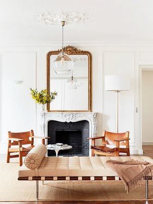 """This Décor """"Mistake"""" Makes All French-Girl Homes Look Insanely Cool"""