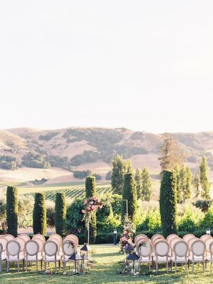 Insiders Agree: This Is How You Budget for the Wedding of Your Dreams