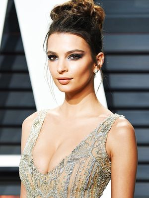 This Is What Emily Ratajkowski Actually Eats on a Typical Day