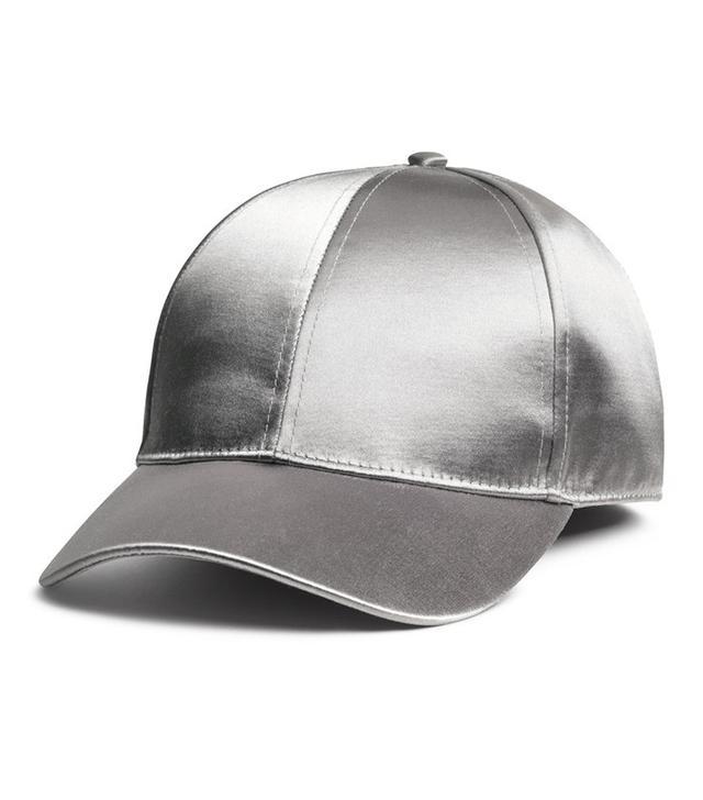 H&M Satin Cap in Silver