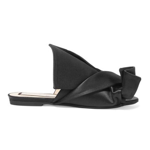 This Ugly Sandal Trend Has Finally Become Pretty For