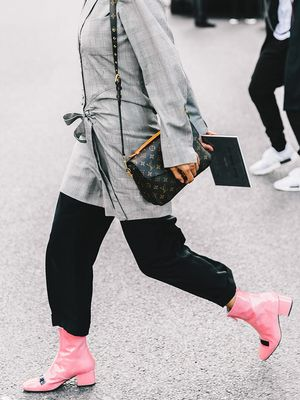 The Unexpected Shoe Trend Fashion Girls Are Wearing on Repeat