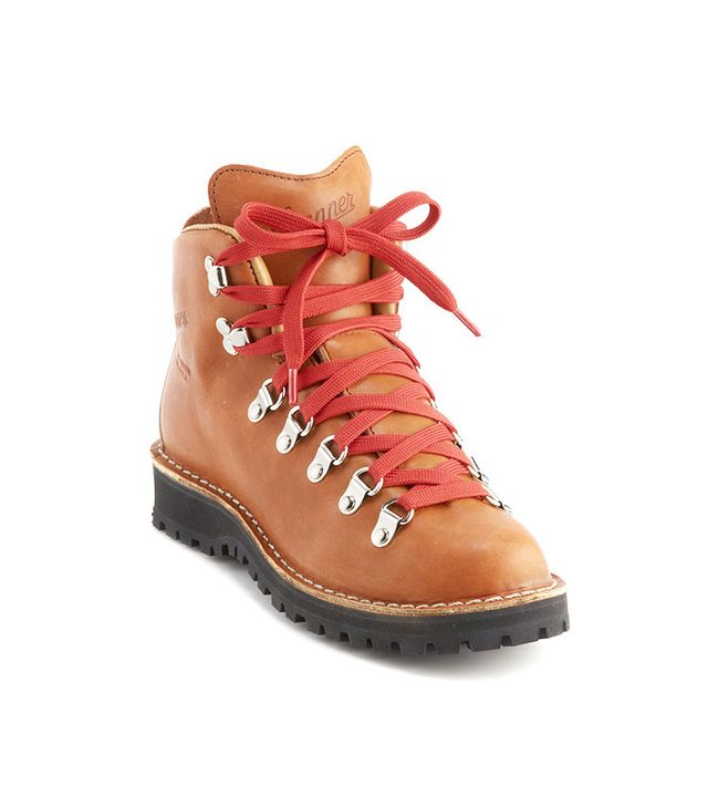 Danner Mountain Light Cascade Hiking Boots