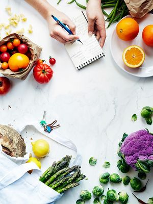 10 Foods Nutritionists Always Have in Their Kitchens