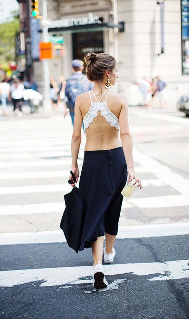street style in blue and white