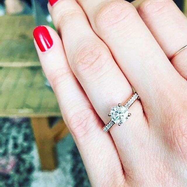 How To Make Your Engagement Ring Look Bigger (Yes, Really