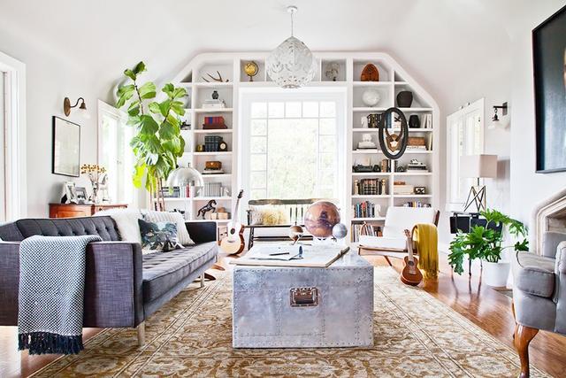 Maximize a Living Room Furniture Plan