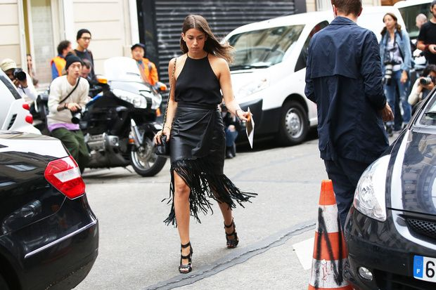 5 Ways To Wear A Leather Skirt For Summer