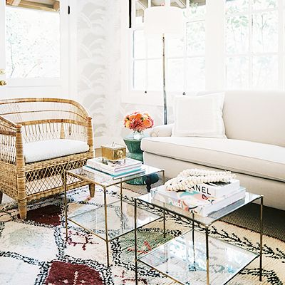 9 Ways to Introduce Colour Into a Neutral Space