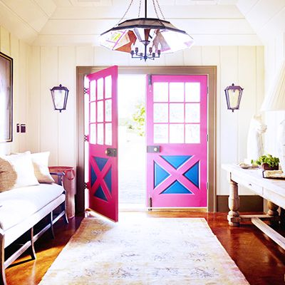 8 Essentials Every Foyer Needs
