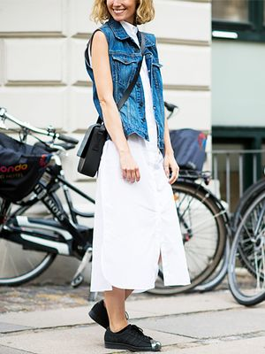 Tip of the Day: Why Your Denim Vest and White Dress Should Be BFFs