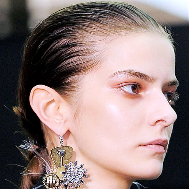 16 Amazing Statement Earrings To Upgrade Your Look