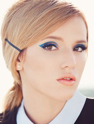 How to Re-Create Bella Thorne's Double-Flicked Cat-Eye
