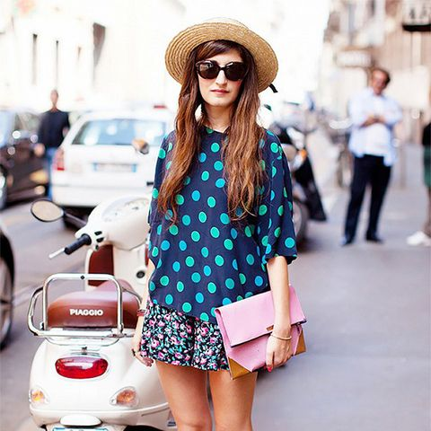 straw hat printed dress street style