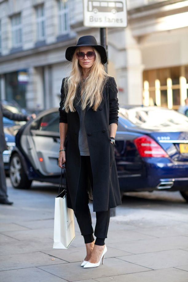 LFW Street Style: Sporty Cuffed Pants